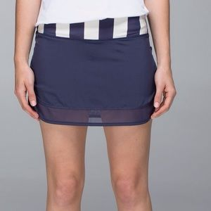 Lululemon Hotty Hot Skirt Cadet Blue Stripe